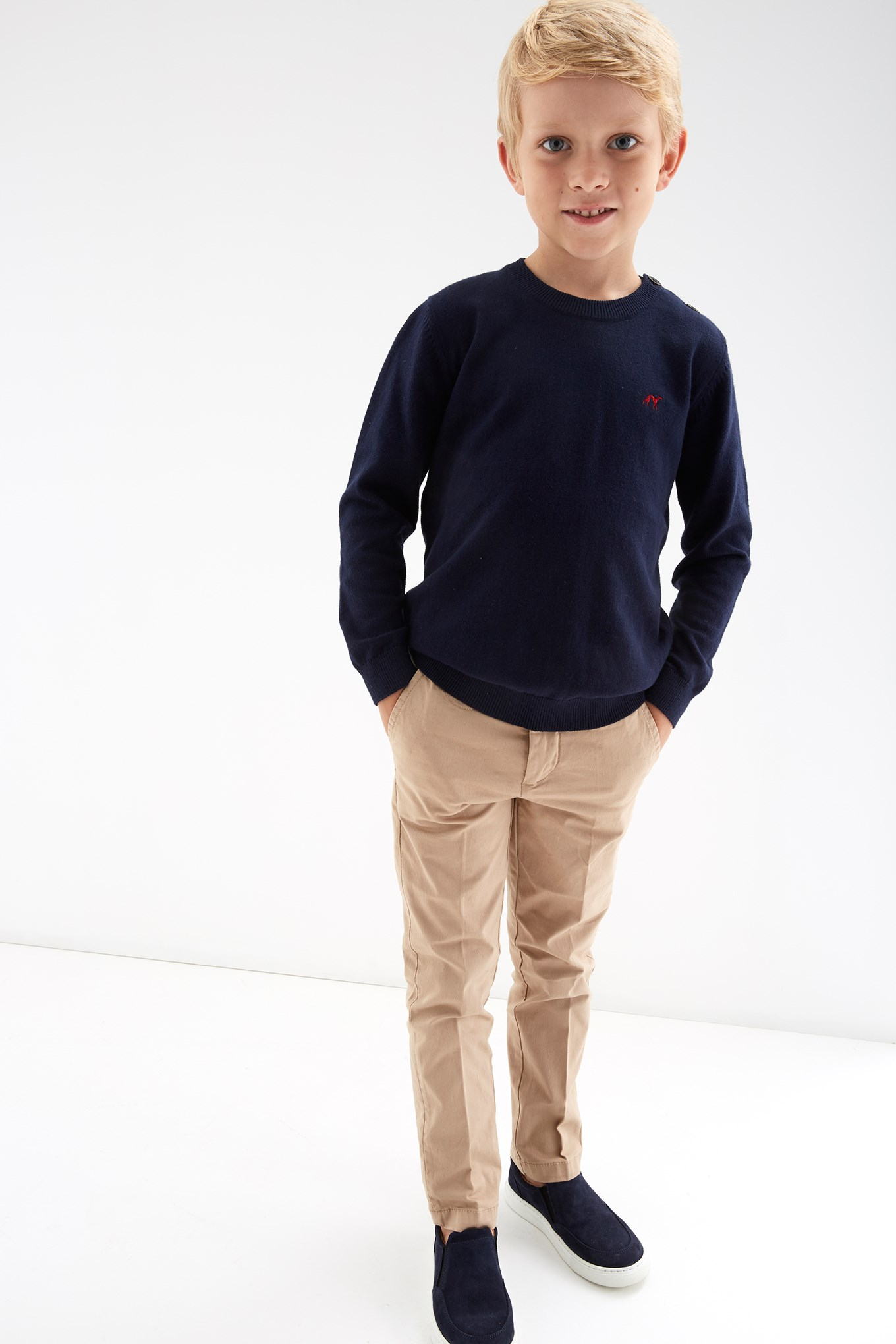 https://static.sacoorbrothers.comSweater Dark Blue Sport Boy