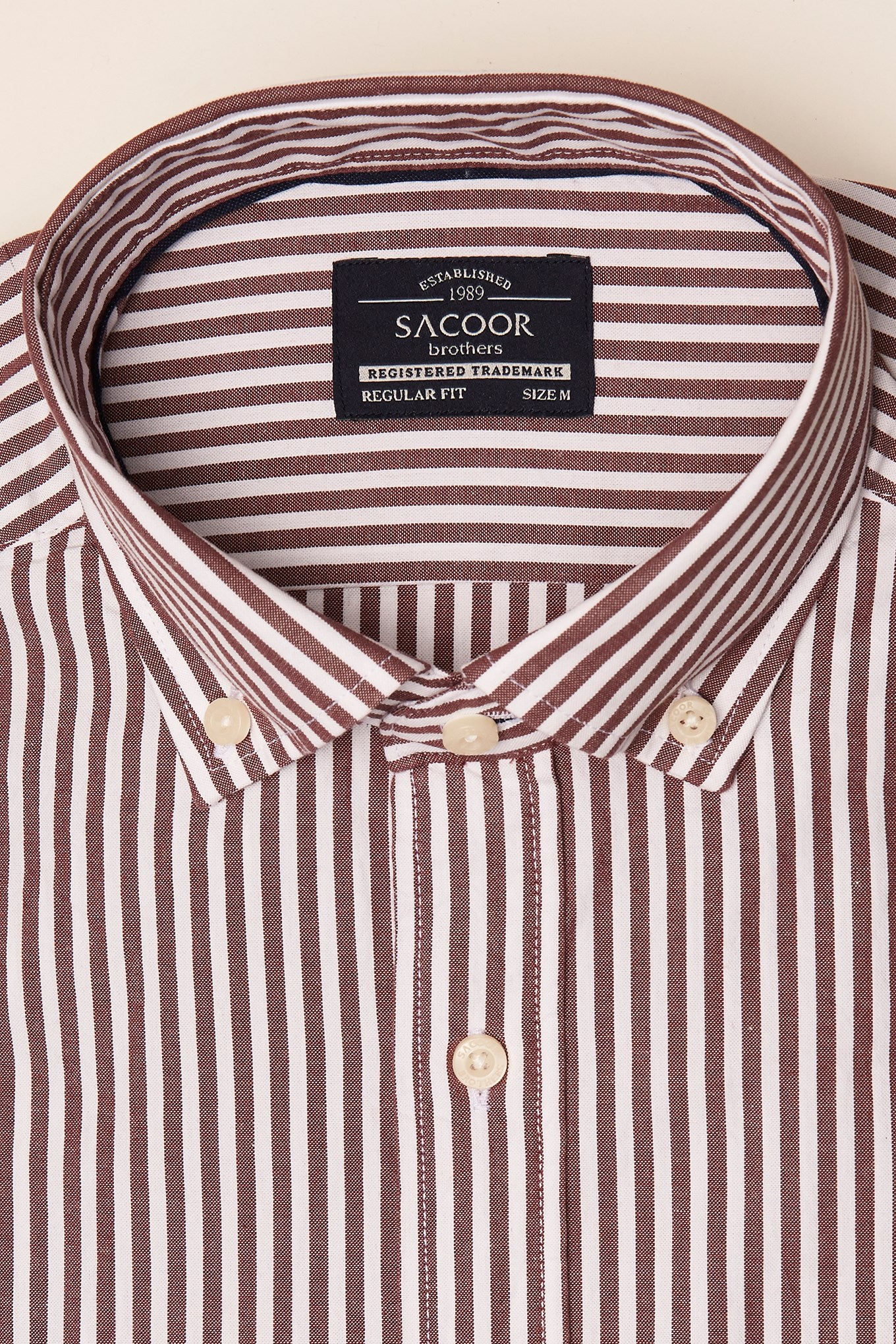 https://static.sacoorbrothers.comShirt Bordeaux Sport Man