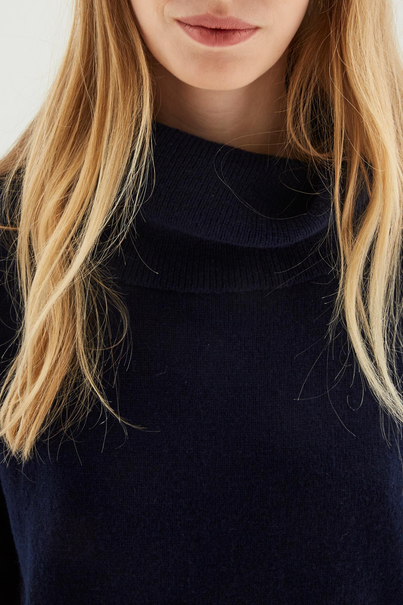 Sweater Dark Blue Casual Woman