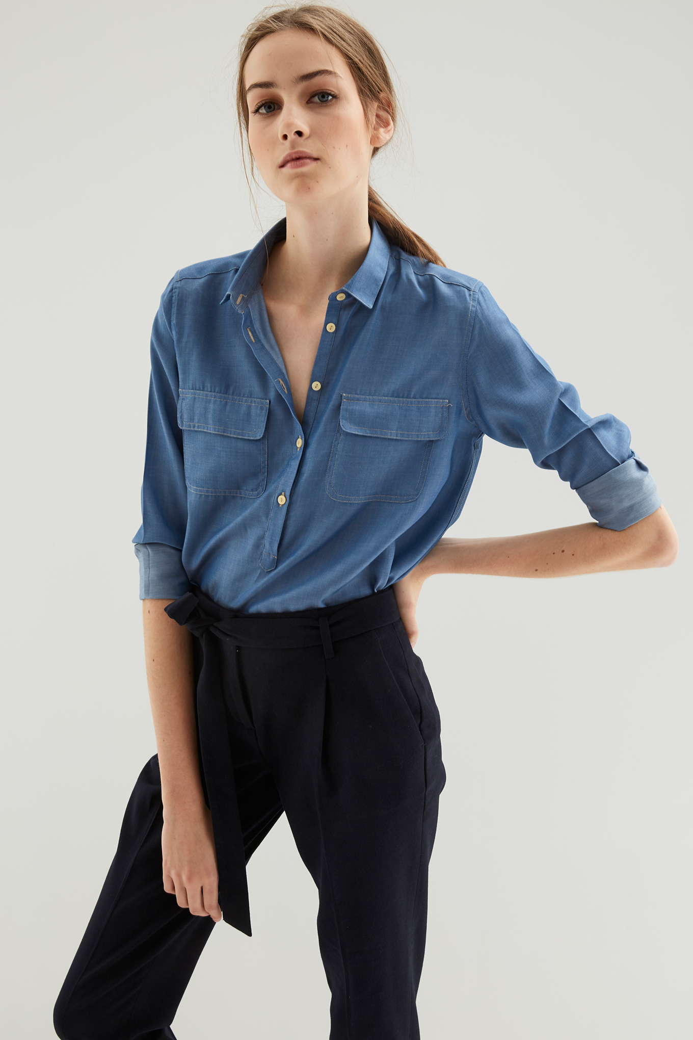 Camisa Azul Médio Casual Mulher
