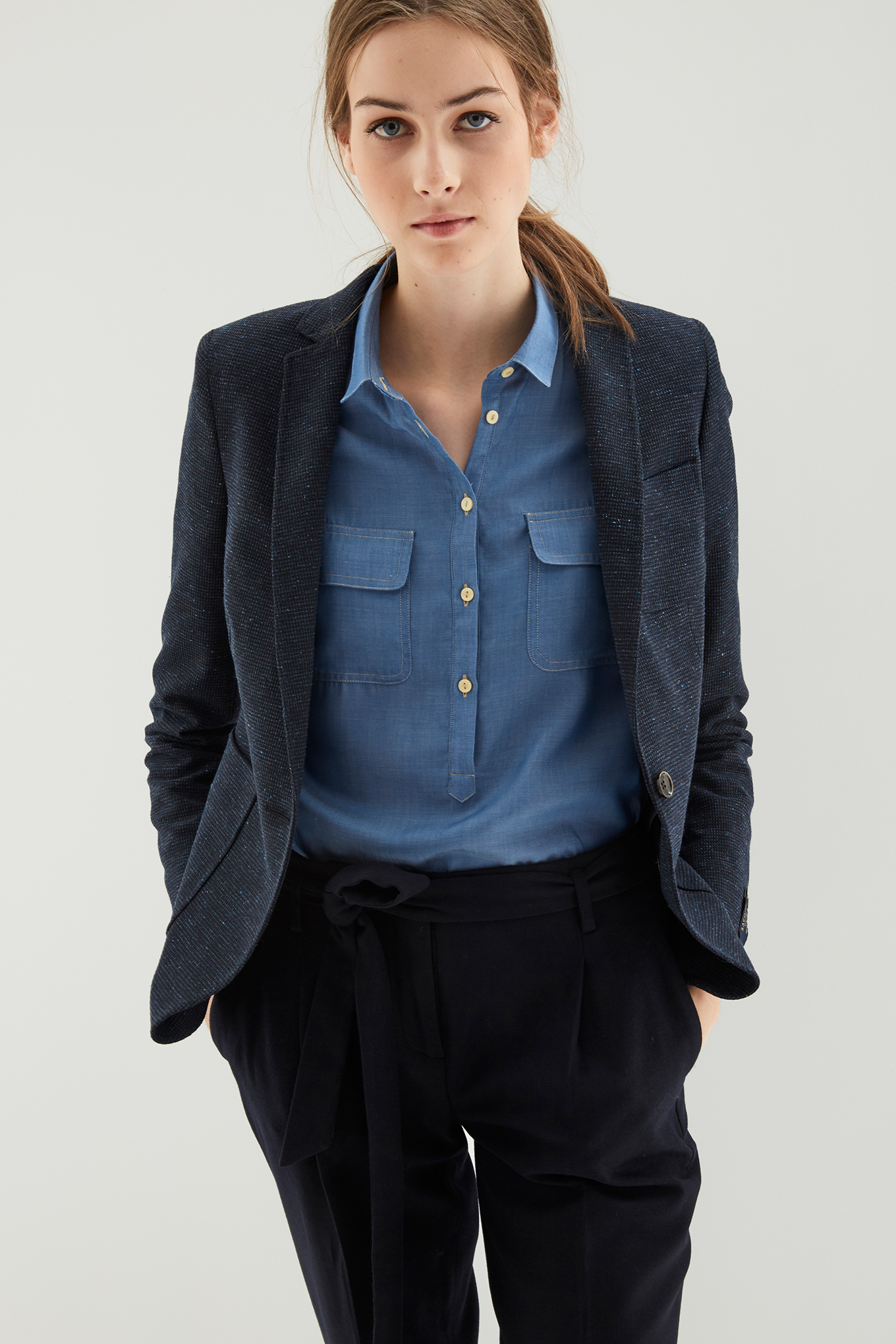 Blazer Azul Escuro Classic Mulher