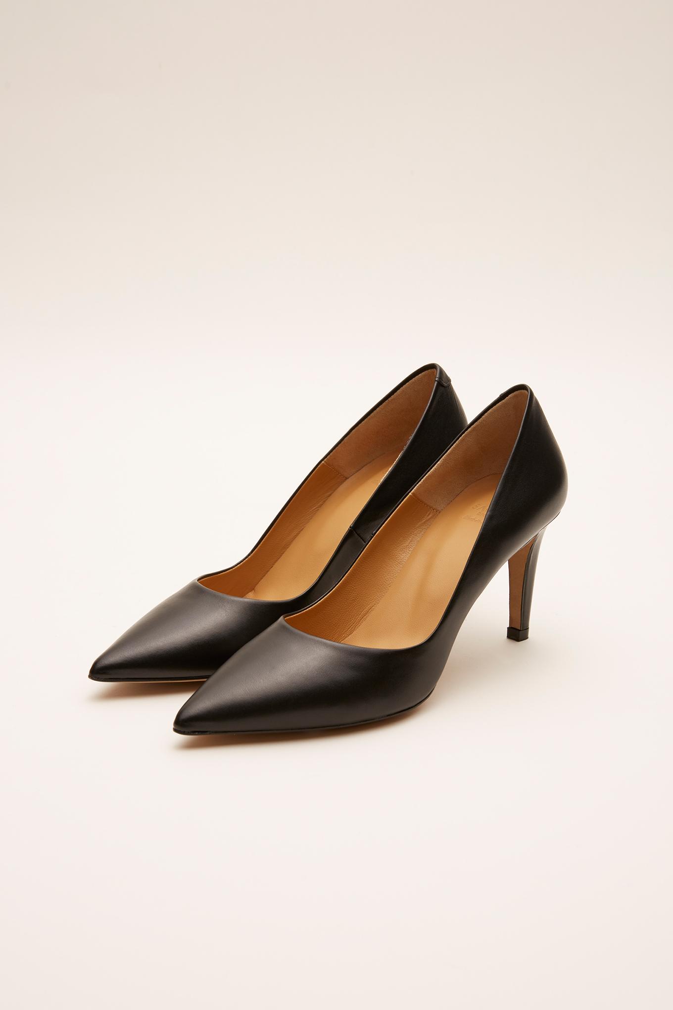 Shoes Black Classic Woman