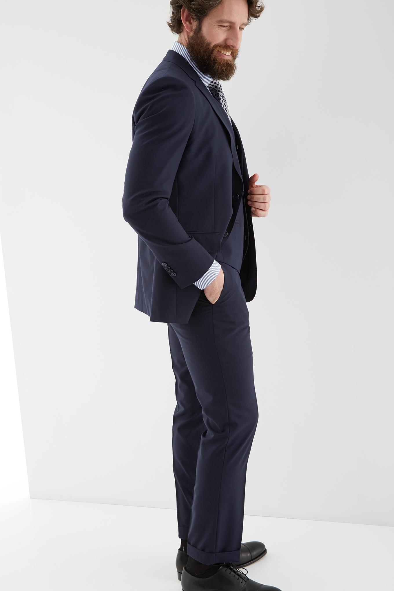 Suit with Vest Dark Blue Classic Man