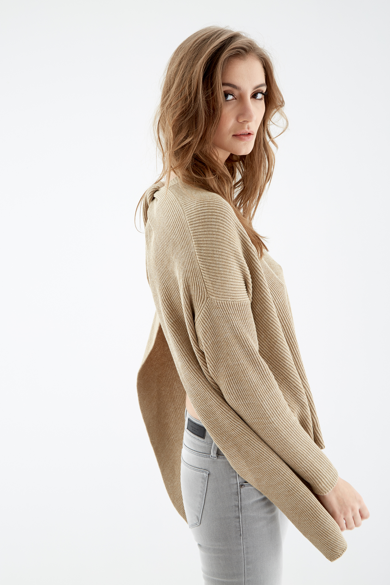 Sweater Caramel Casual Woman