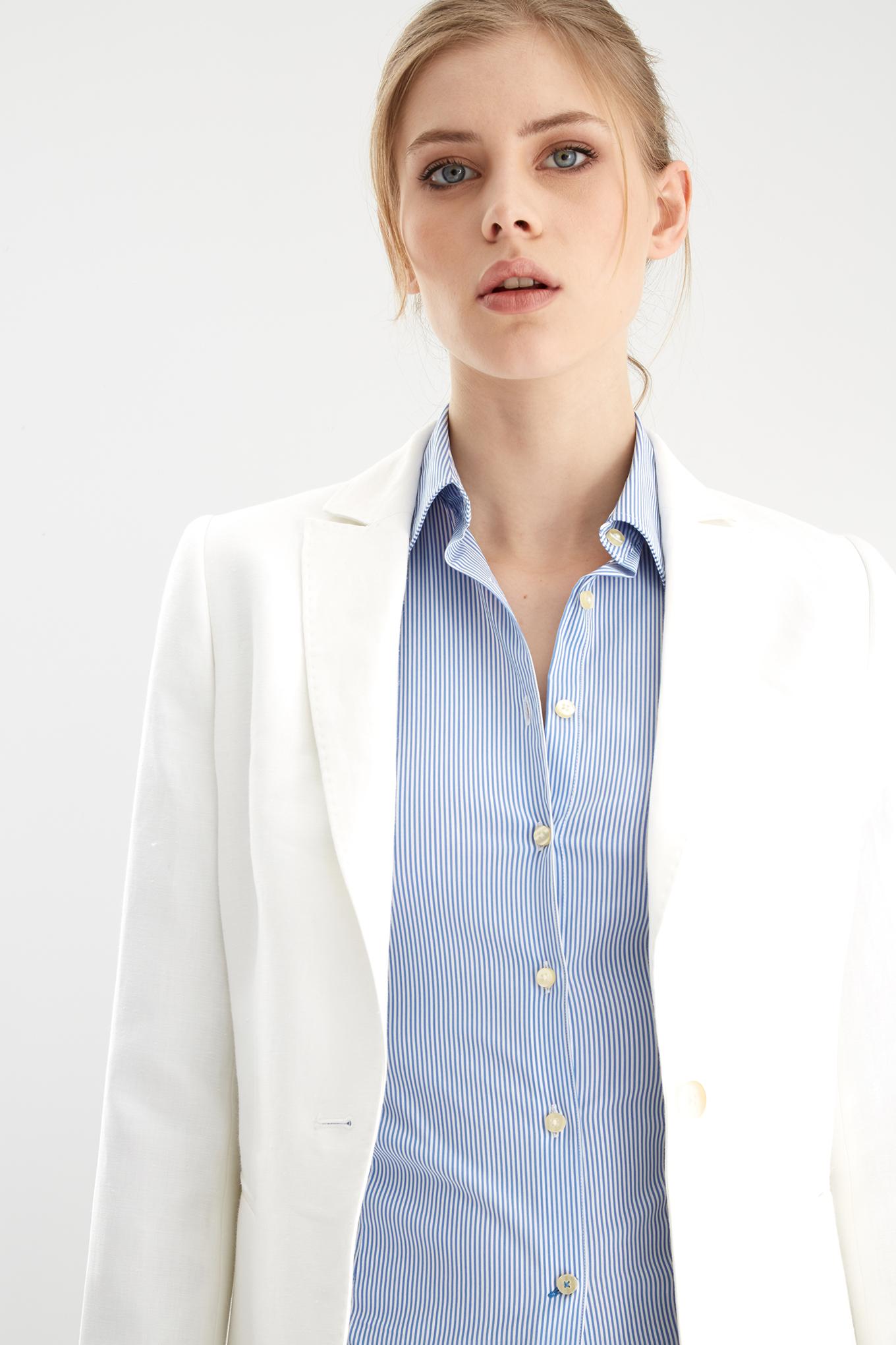 Blazer White Classic Woman