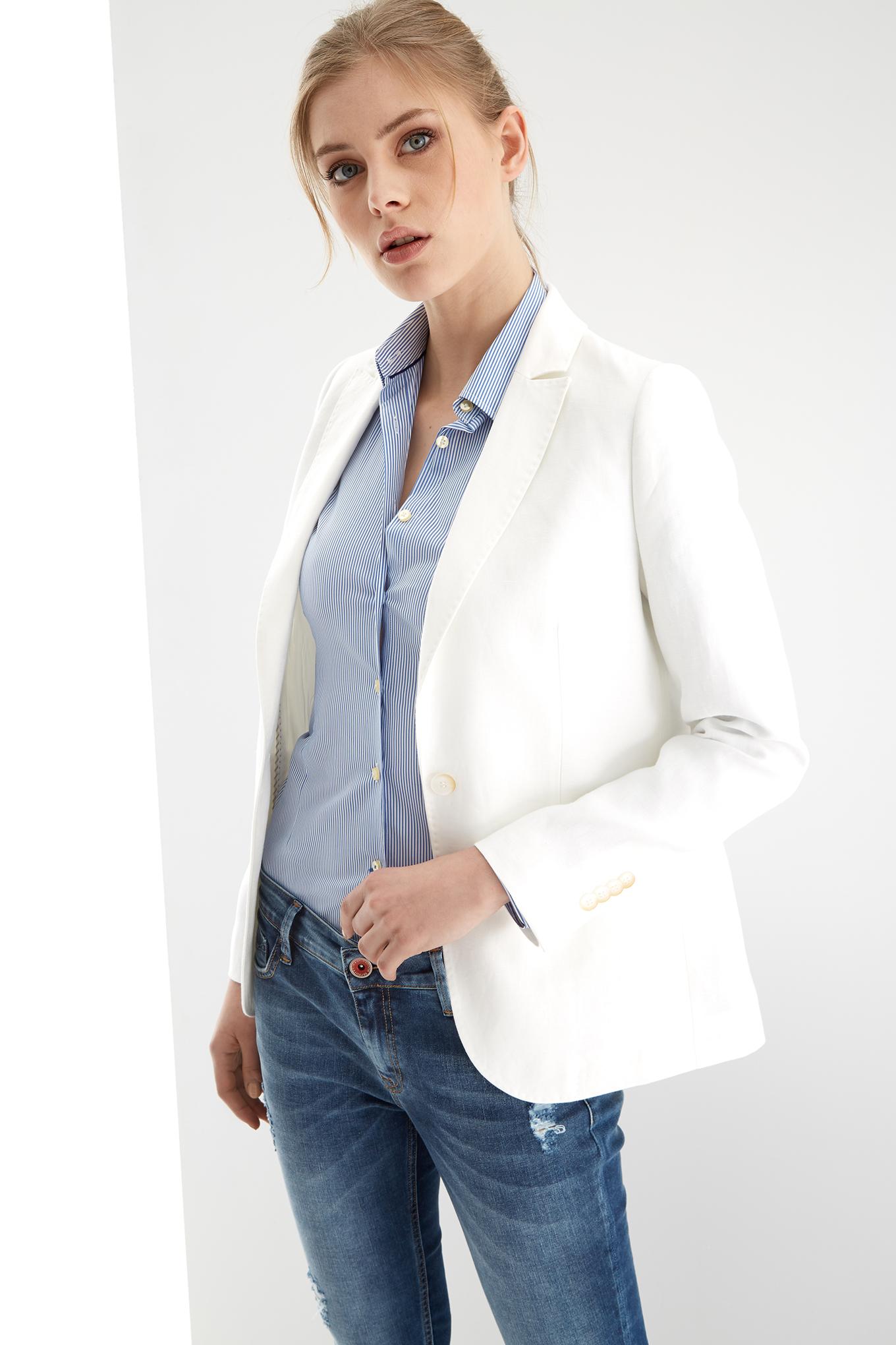 Blazer Branco Classic Mulher