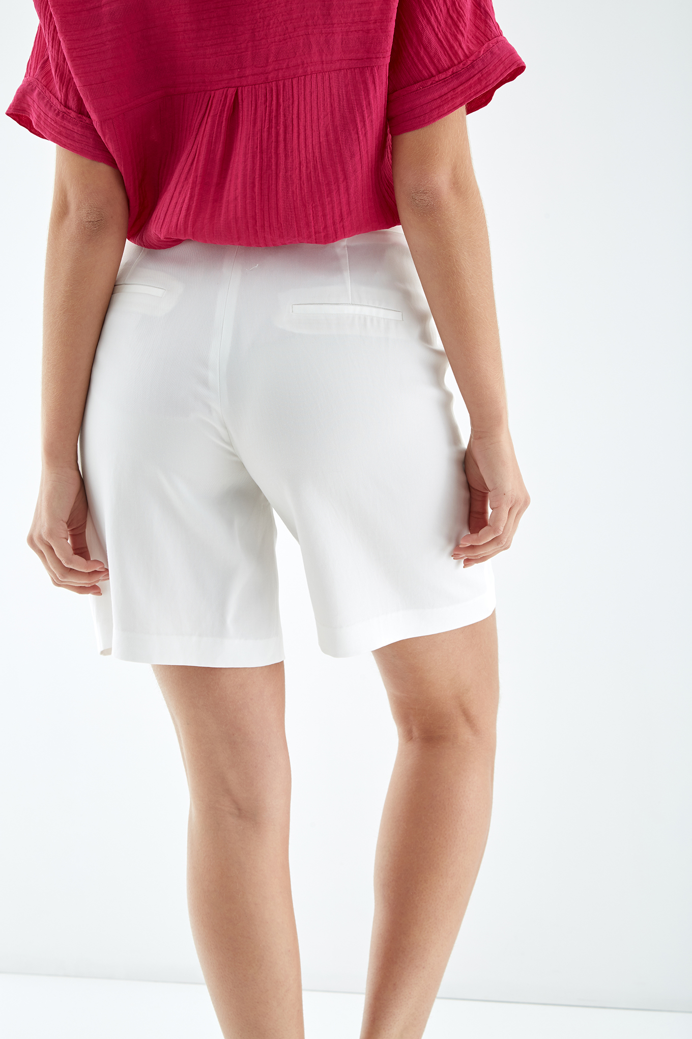 Shorts Ecru Fantasy Woman