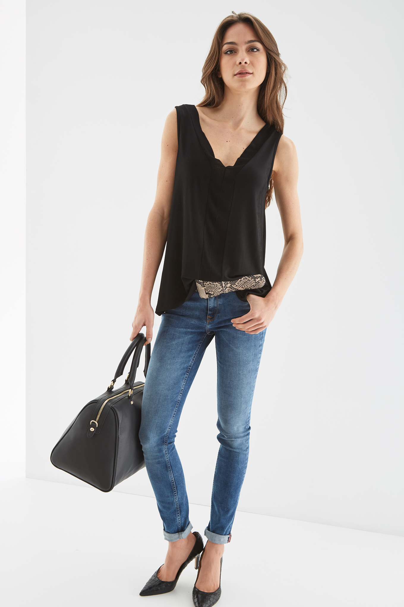 T-Shirt Black Casual Woman