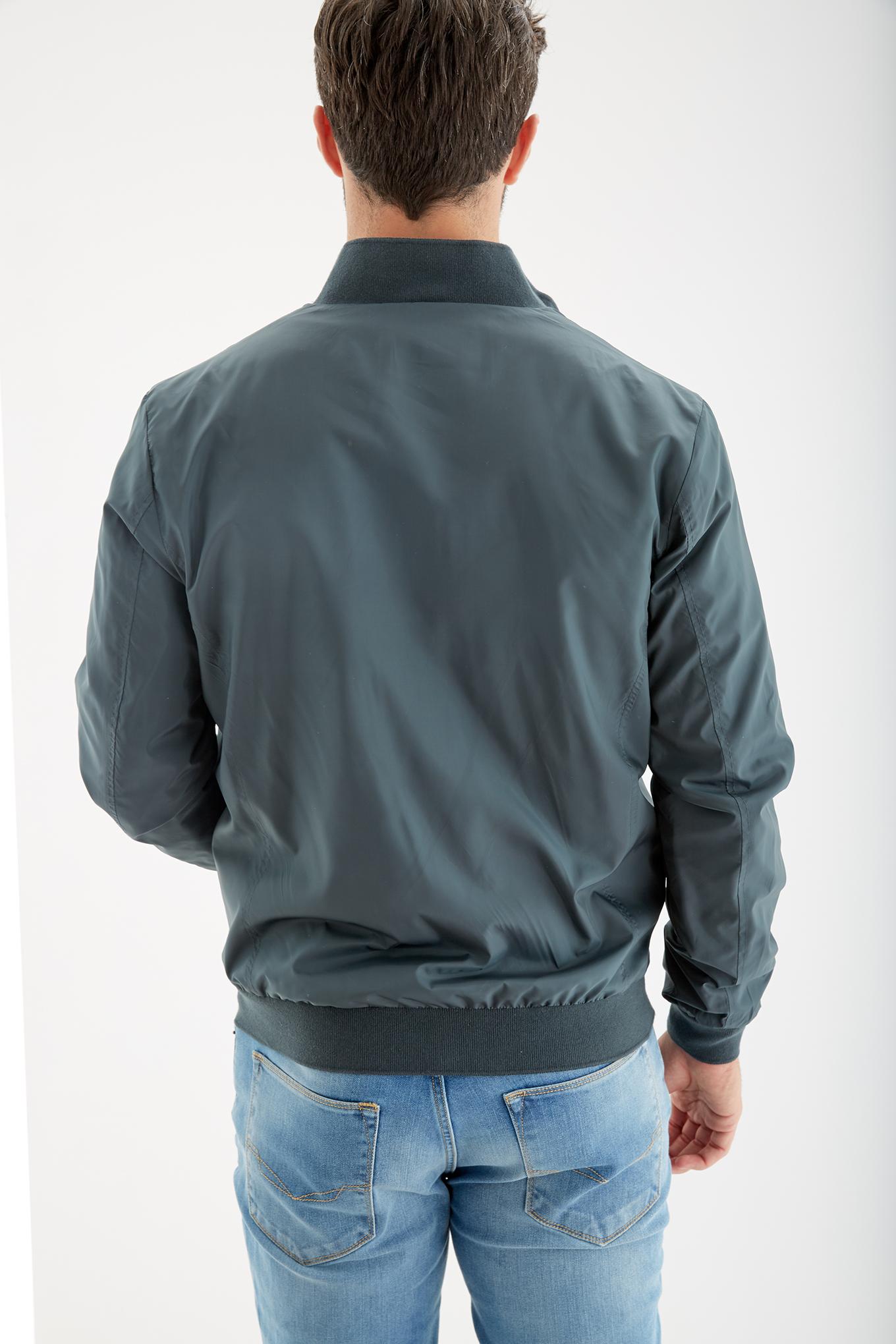 Blusão Verde Escuro Casual Homem