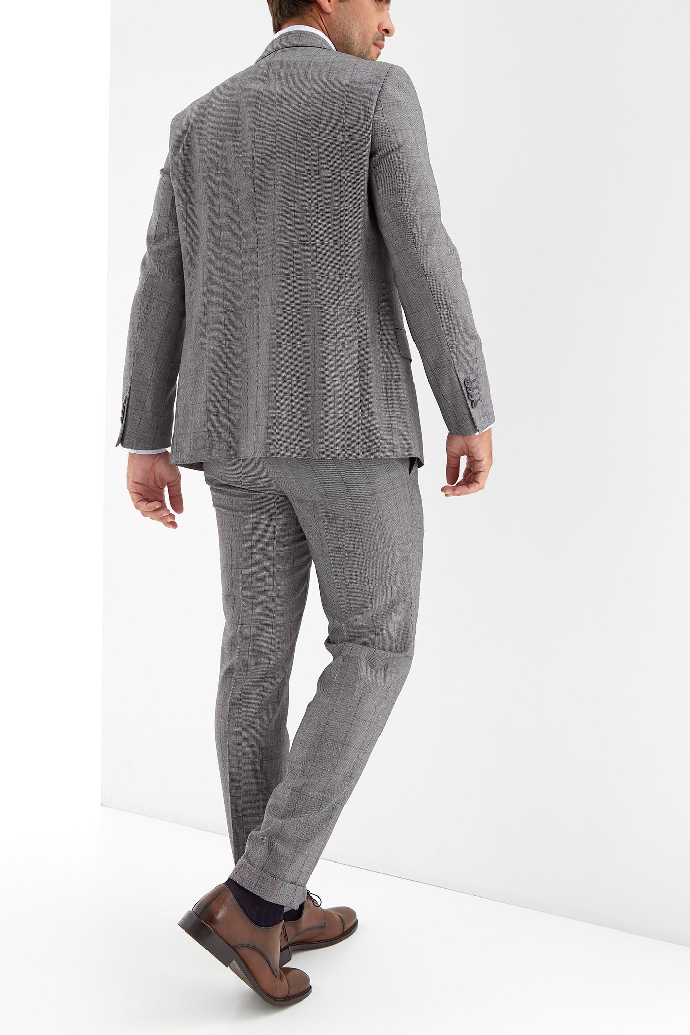 Suit with Vest Light Grey Classic Man