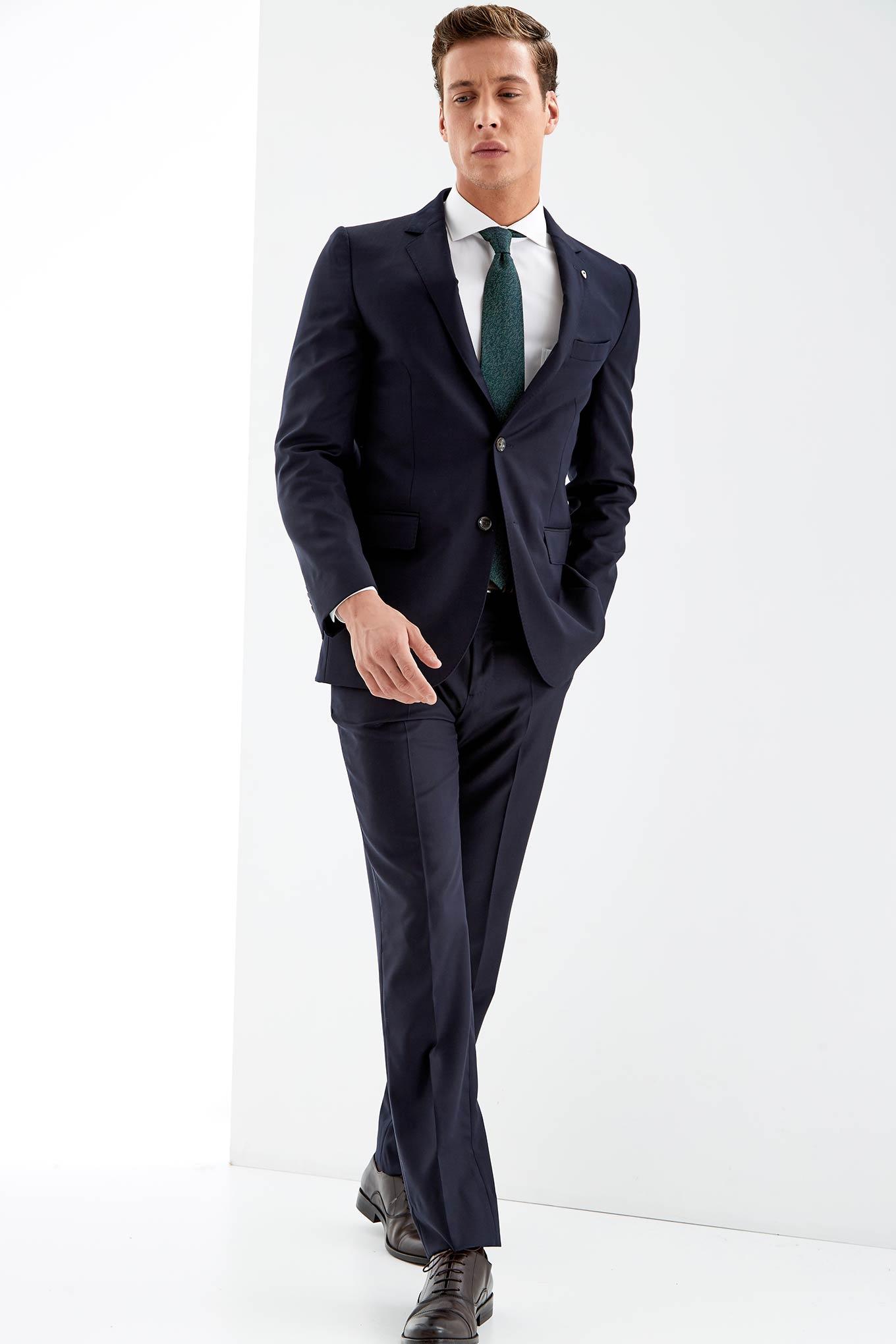 Suit Dark Blue Classic Man