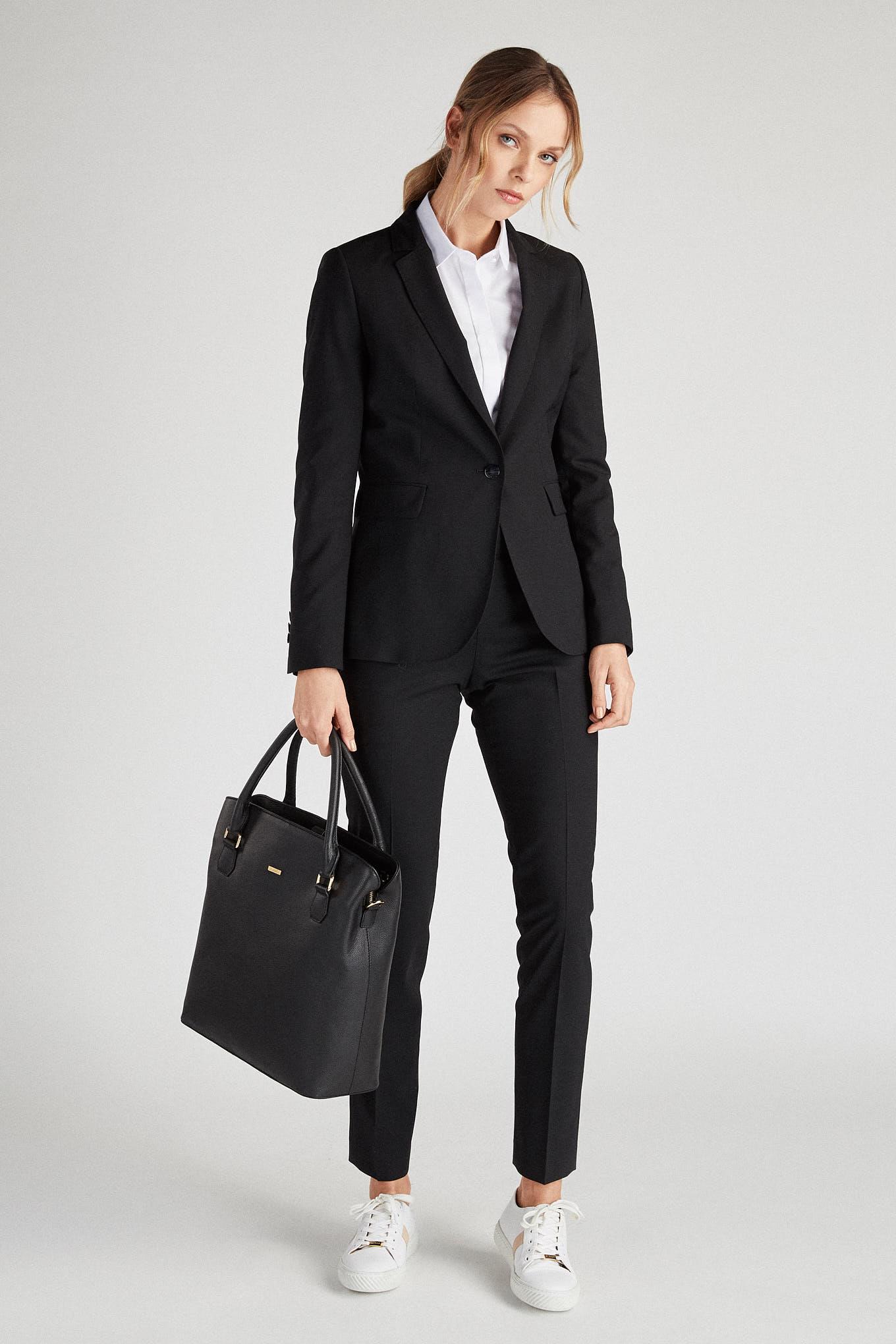 Suit Black Classic Woman