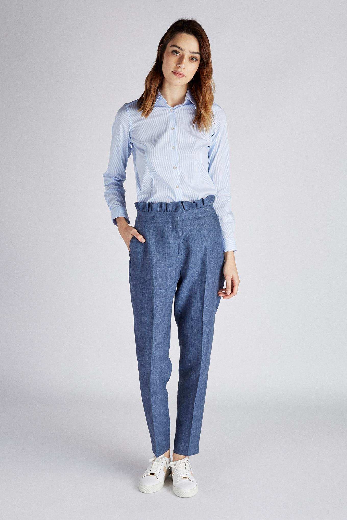 Camisa Azul Claro Classic Mulher