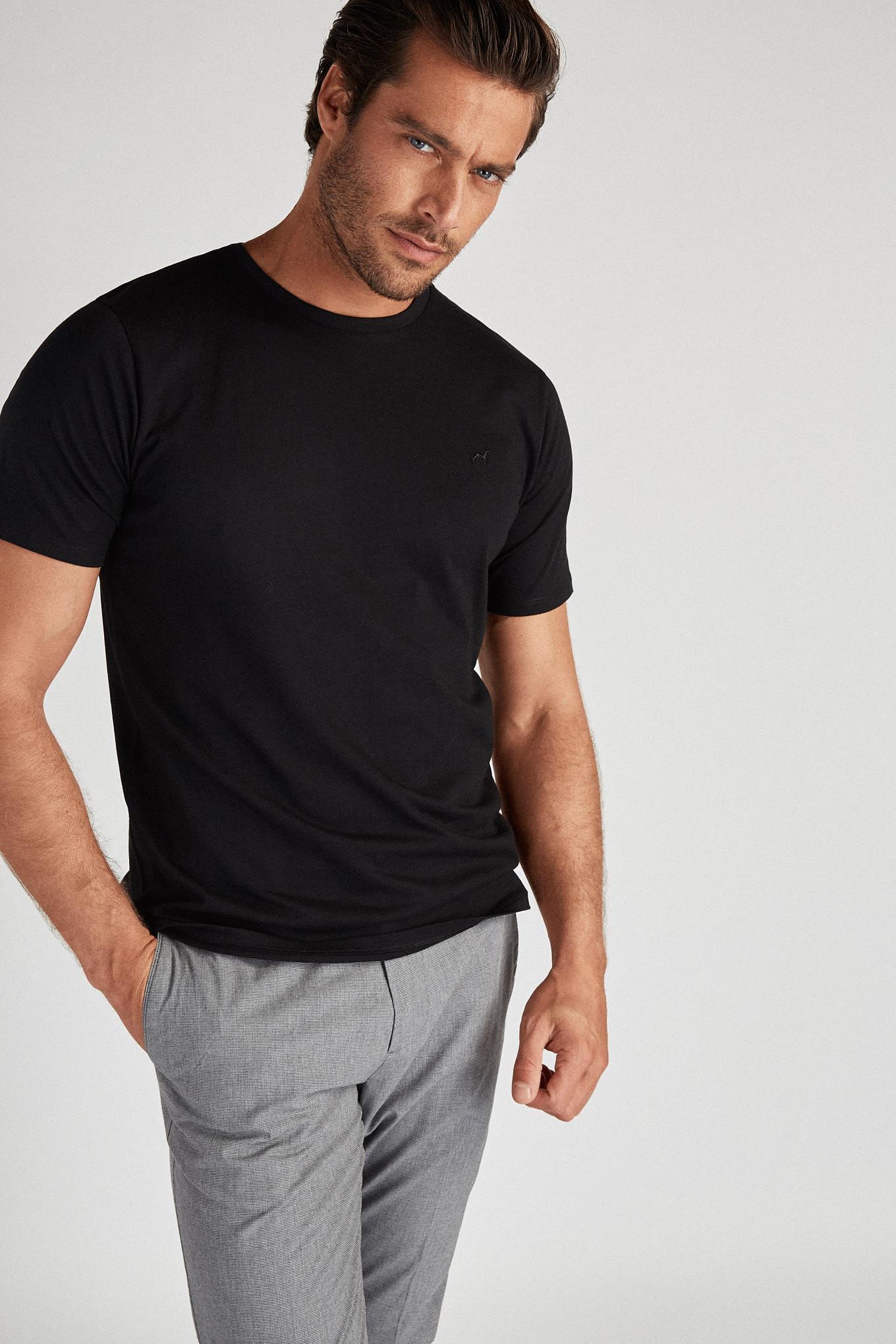 T-Shirt Preto Sport Homem