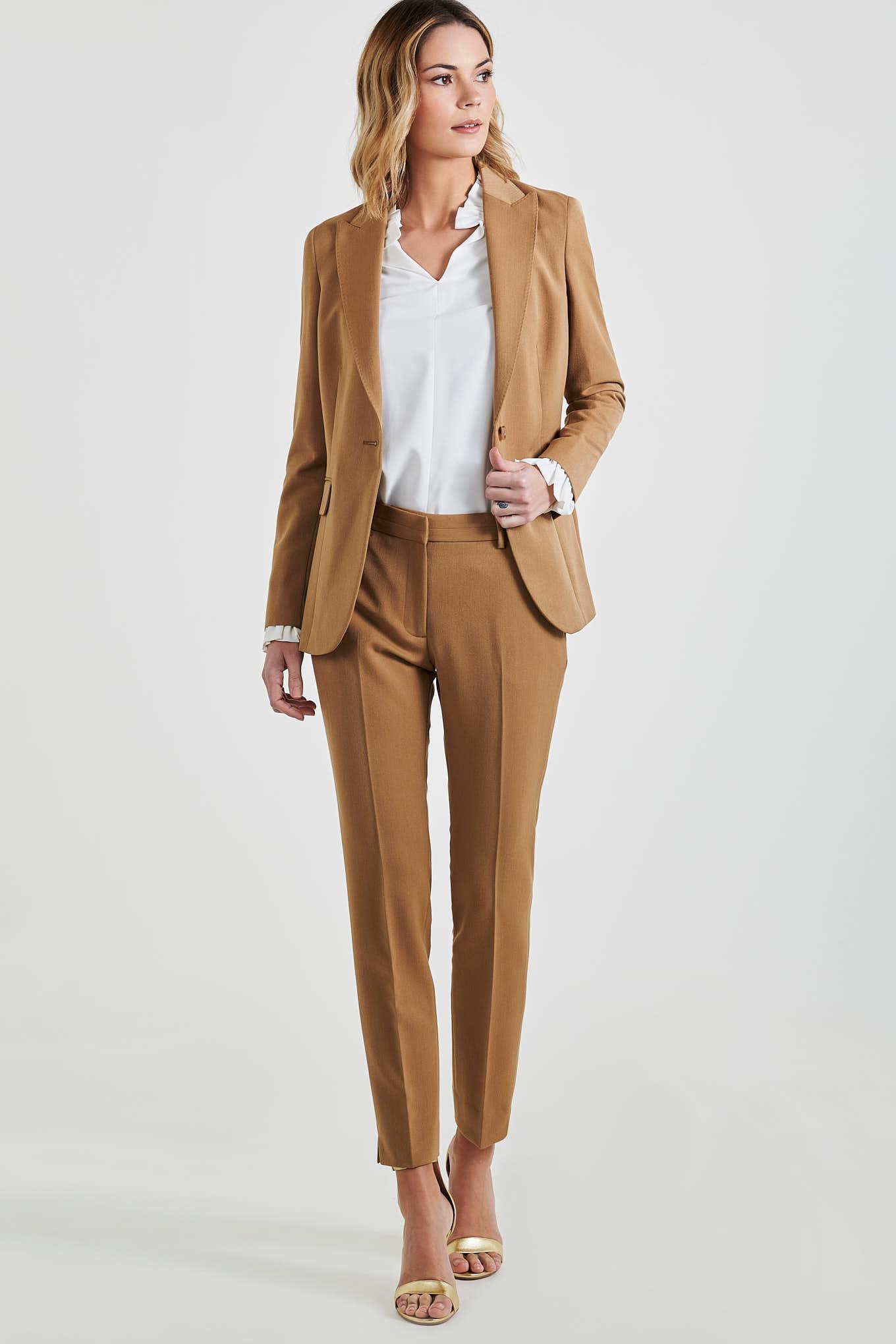 Suit Camel Classic Woman