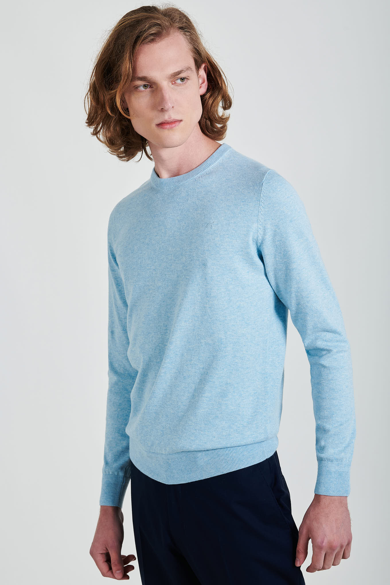 Malha Azul Claro Casual Homem