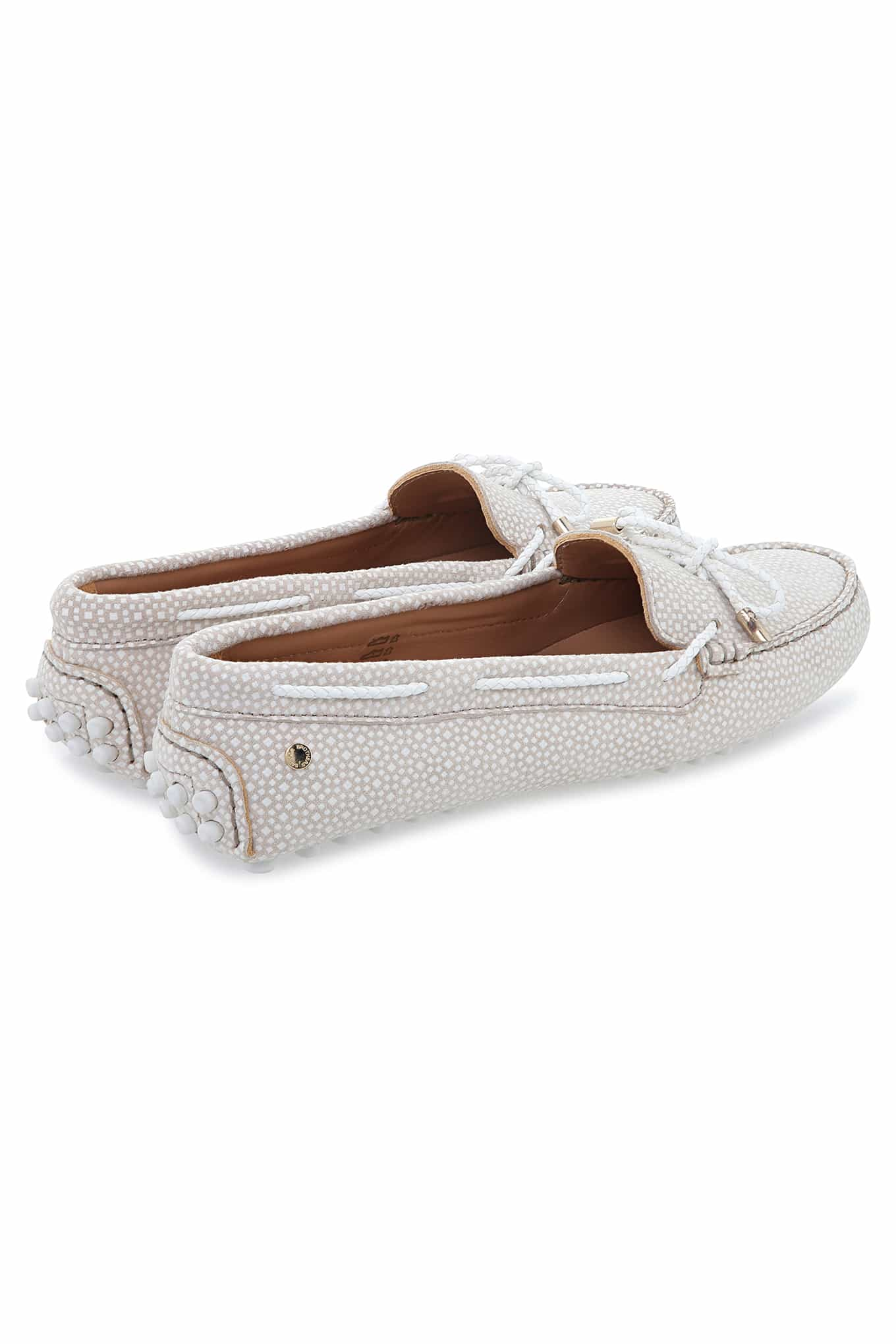 Drivers Beige Claro Casual Mulher